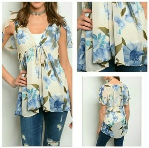 Tops - Sheer summer floral top